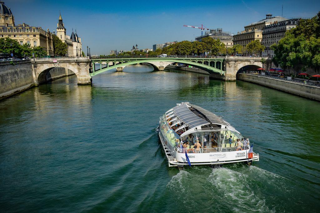 Batobus Pariz